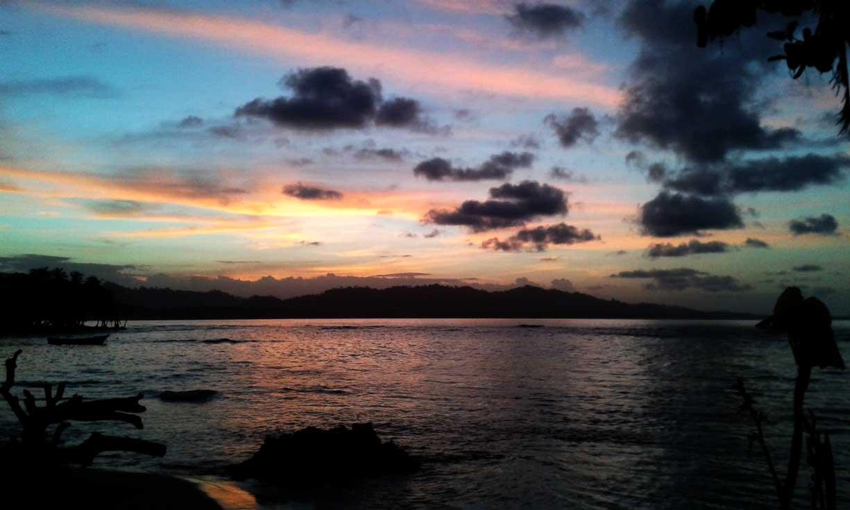 Playa Salsa Brava